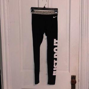 Nike Pro Full Length Leggings